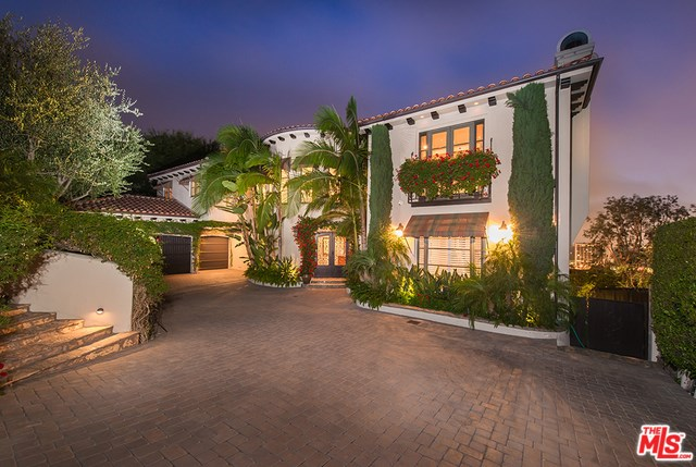 14633 Round Valley Drive, Sherman Oaks, CA 91403