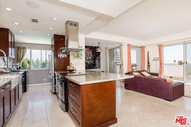 7250 Franklin Avenue #417, Los Angeles, CA 90046