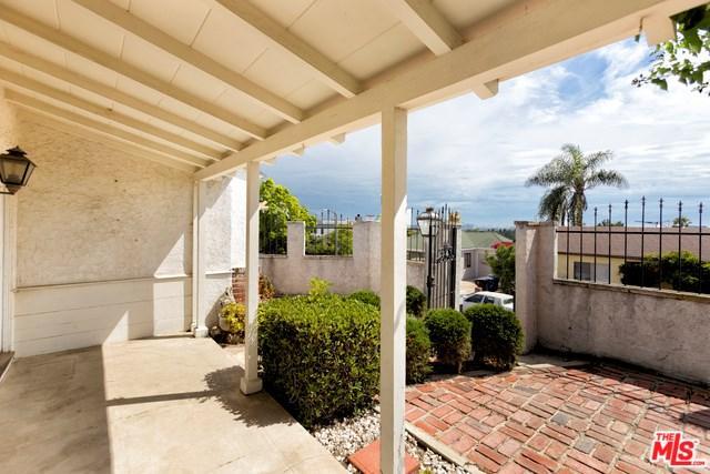 1635 Bryn Mawr Ave, Santa Monica, CA 90405