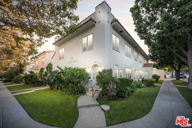 201 S Arnaz Dr, Beverly Hills, CA 90211