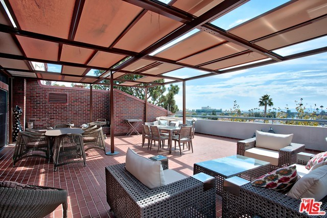 200 N Swall Dr #PH51, Beverly Hills, CA 90211