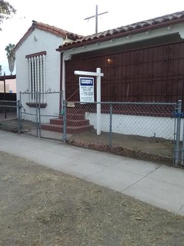 2512 W 60th St, Los Angeles, CA 90043