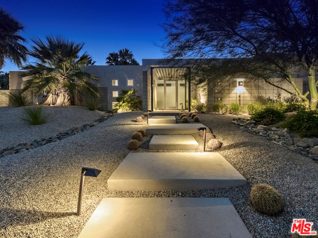 1449 N Viaduct Miraleste, Palm Springs, CA 92262