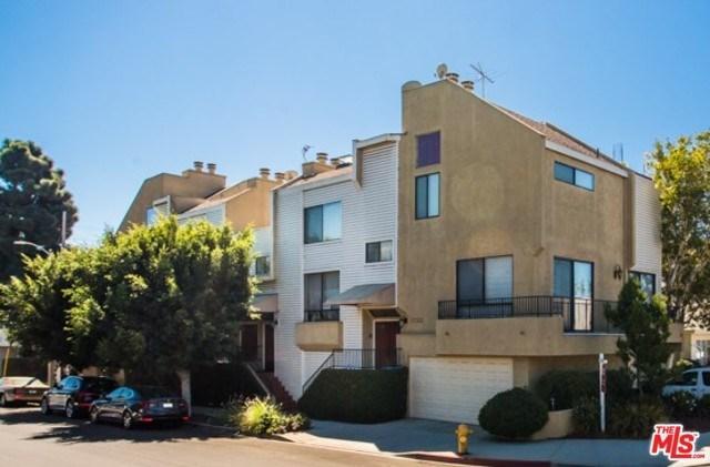 1733 Brockton Ave #4, Los Angeles, CA 90025