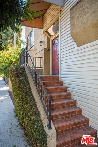 1733 Brockton Avenue #4, Los Angeles, CA 90025