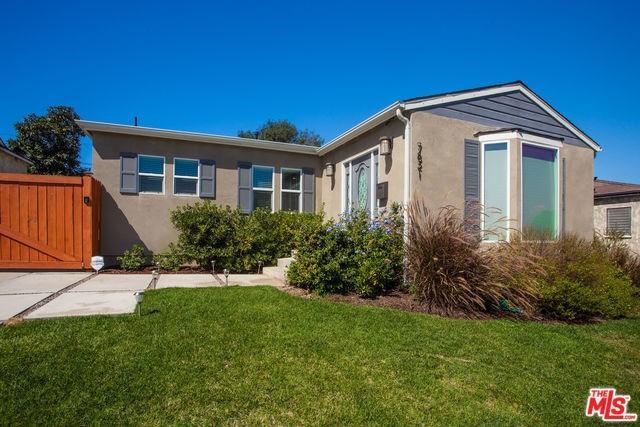 7821 Yorktown Ave, Los Angeles, CA 90045