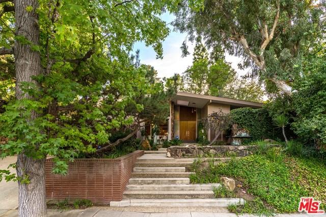 4311 Noeline Avenue, Encino, CA 91436