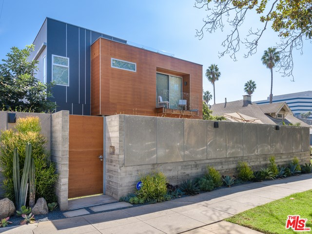 614 California Avenue, Santa Monica, CA 90403