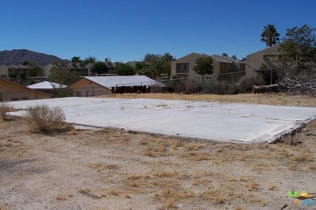 6910 Scarvan Rd, Yucca Valley, CA 92284
