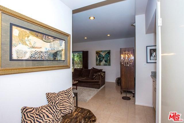 410 S Barrington Ave #109, Los Angeles, CA 90049
