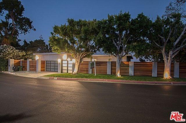 2000 Westridge Rd, Los Angeles, CA 90049