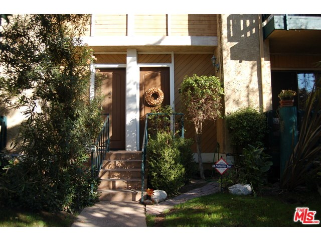 5100 Riverton Ave #APT 2, North Hollywood, CA