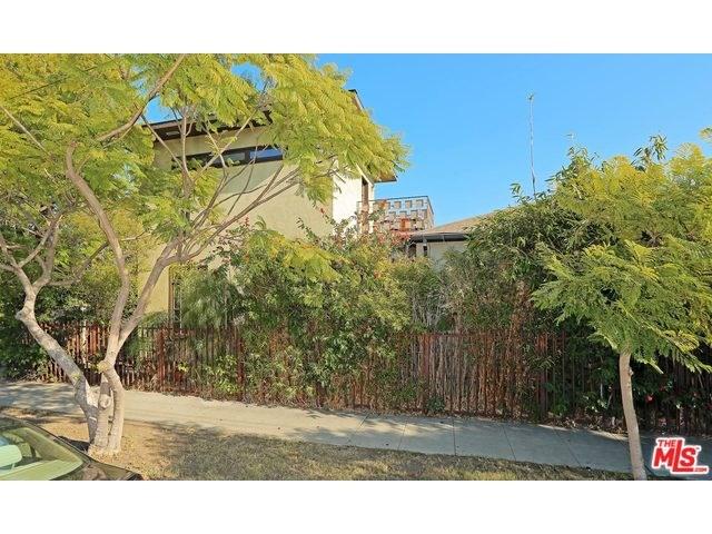 6090 Pickford St, Los Angeles, CA