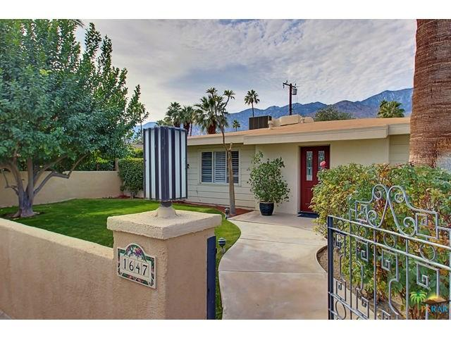 1647 S Calle Marcus, Palm Springs, CA