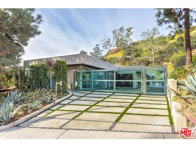 1281 Loma Vista Drive, Beverly Hills, CA 90210