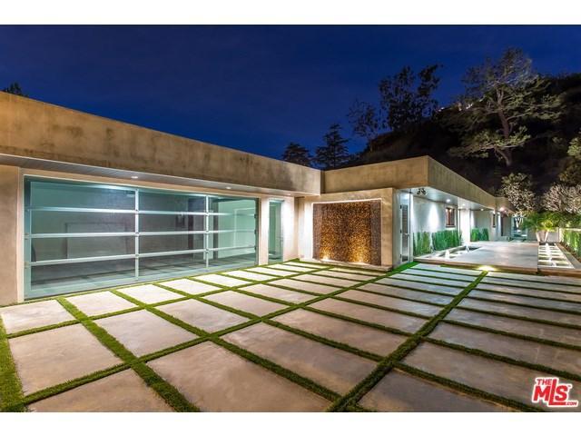 1281 Loma Vista Dr, Beverly Hills, CA 90210