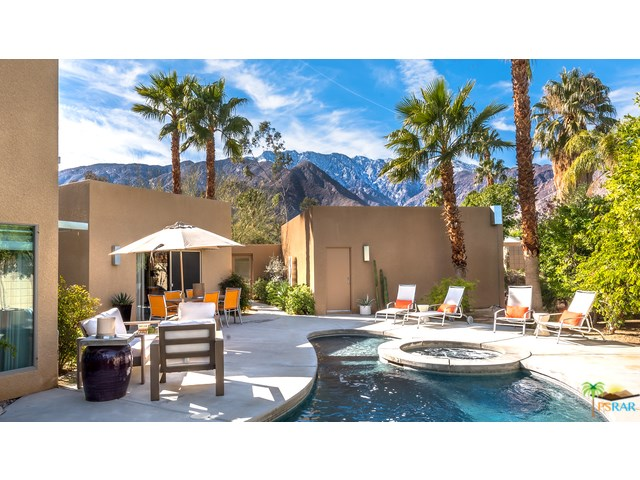 2470 N Cardillo Ave, Palm Springs, CA