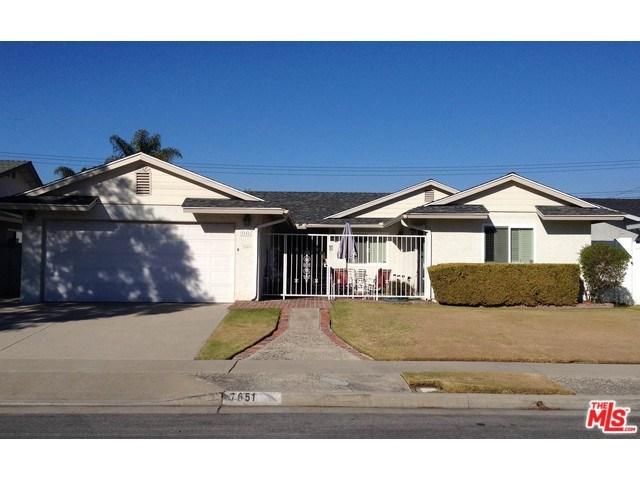 7651 Seine Dr, Huntington Beach, CA
