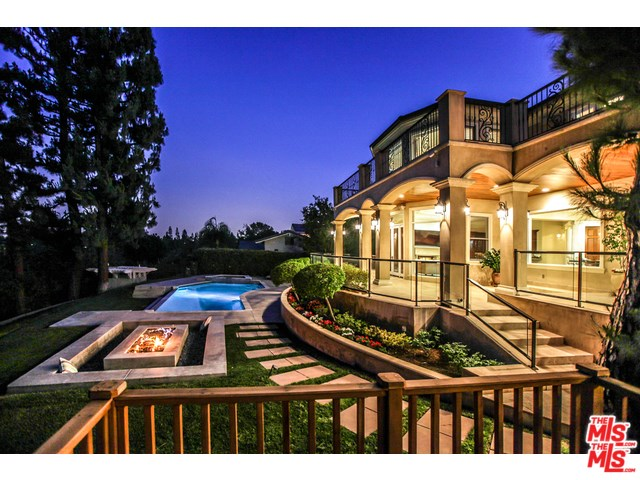820 W Las Palmas Dr, Fullerton, CA