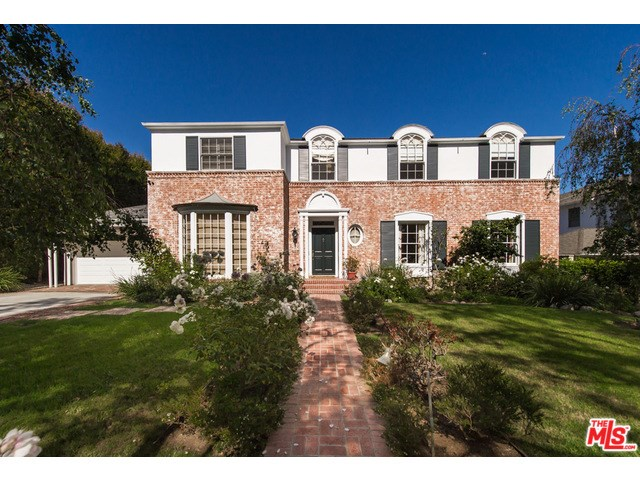 704 N Oakhurst Dr, Beverly Hills, CA