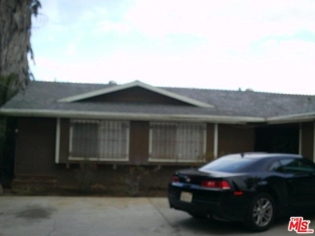 1170 E 12th St, Beaumont, CA