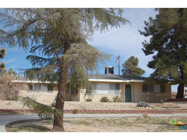 57628 Warren Way, Yucca Valley, CA 92284