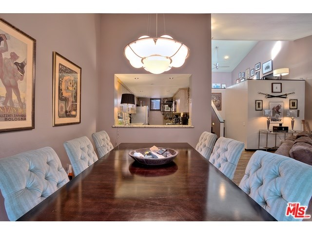 1222 N Kings Rd #APT 8, West Hollywood, CA