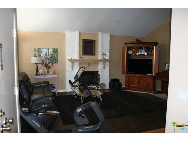 2085 Rosebay Street, Westlake Village, CA 91361