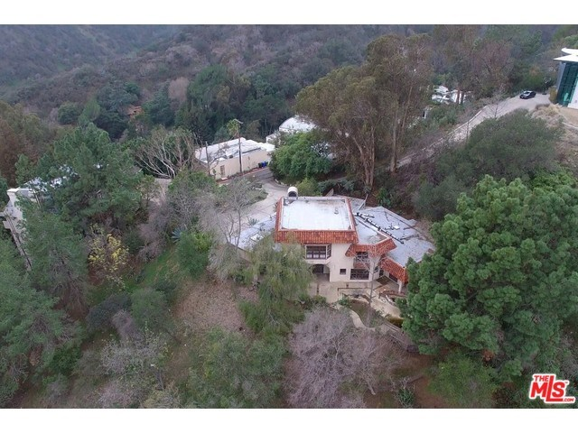 9987 Reevesbury Dr, Beverly Hills, CA