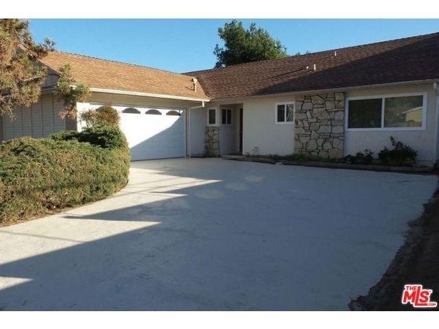 2890 Berwick St, Camarillo, CA 93010