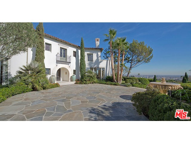 1270 Shadow Hill Way, Beverly Hills, CA