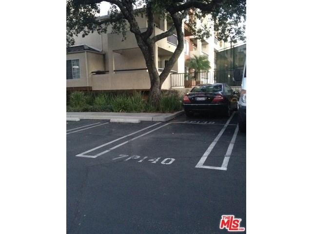 5520 Owensmouth Ave #APT 119, Woodland Hills, CA