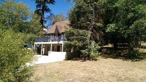 1261 Lassen Dr, Big Bear Lake, CA 92315
