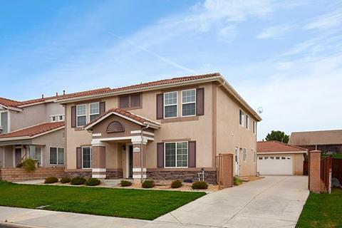 27288 Sierra Madre, Murrieta, CA 92563
