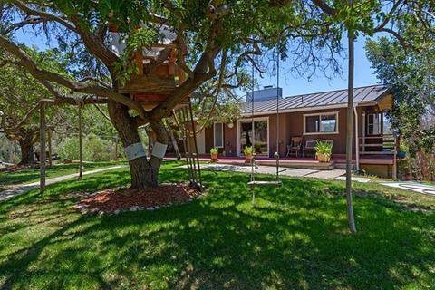 2906 Lone Jack Rd, Encinitas, CA 92024