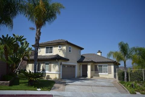 2915 Lake Breeze Ct, Spring Valley, CA 91977