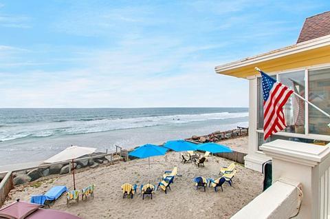 1121 S Pacific St, Oceanside, CA 92054