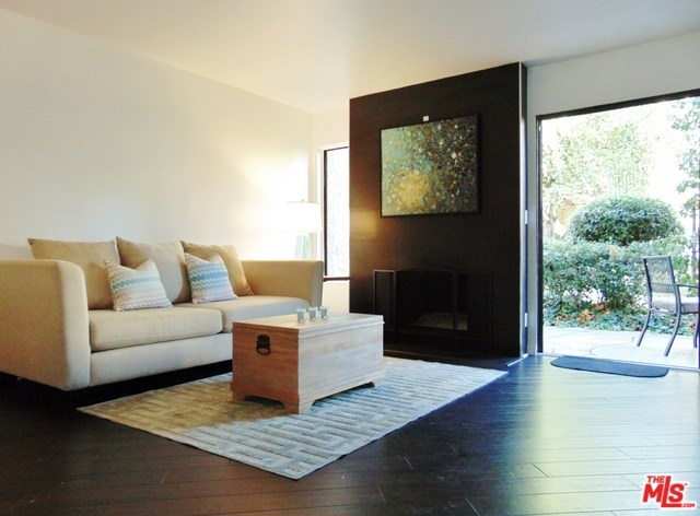 5720 Owensmouth Avenue #152, Woodland Hills, CA 91367