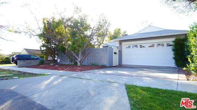 2751 N Lamer St, Burbank, CA 91504