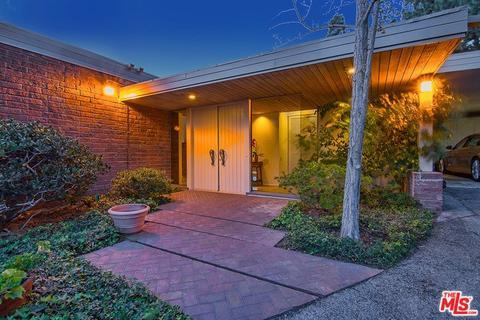 1535 Blue Jay Way, Los Angeles, CA 90069