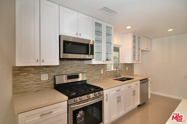 7833 Shoshone Avenue, Northridge, CA 91325
