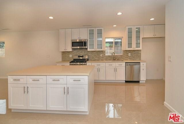 7833 Shoshone Ave, Northridge, CA 91325