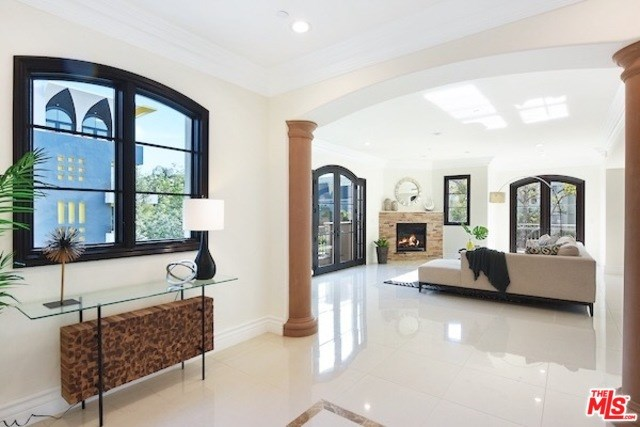 462 S Maple Drive #3, Beverly Hills, CA 90212