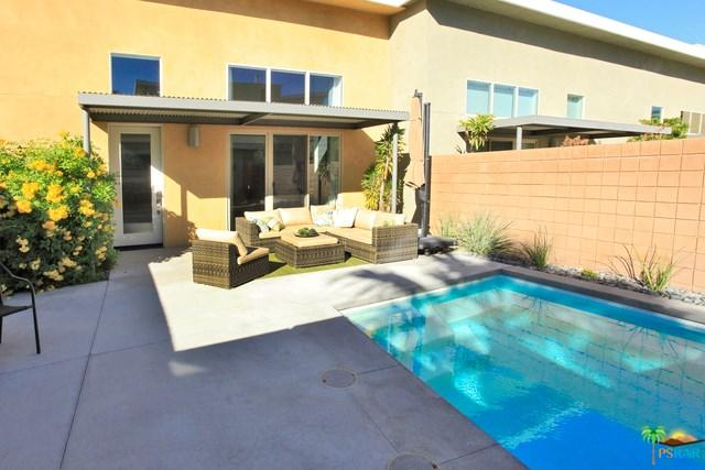885 Oceo Cir, Palm Springs, CA 92264