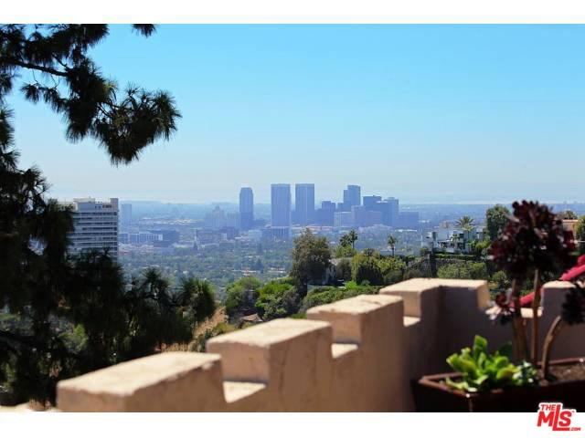9274 Warbler Way, Los Angeles, CA 90069