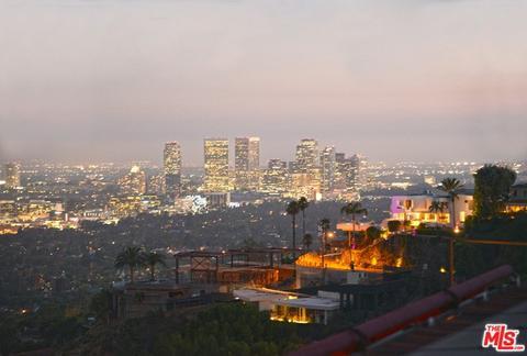 9274 Warbler Way, Los Angeles, CA 90069