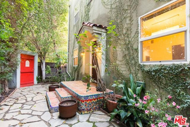 7614 Willoughby Ave, West Hollywood, CA 90046