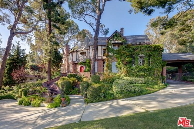 2656 Aberdeen Avenue, Los Angeles, CA 90027