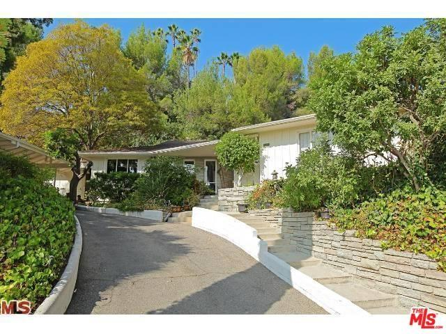 1225 Hillgrove Pl, Beverly Hills, CA 90210