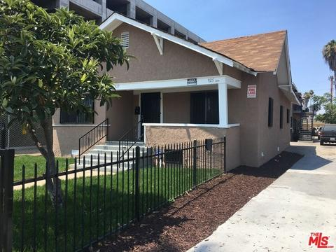 925 W 84th St, Los Angeles, CA 90044